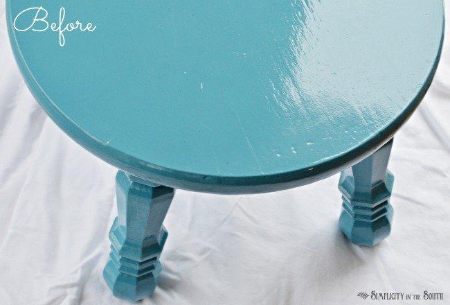 step stool before painted with Krylon Blue Ocean Breeze