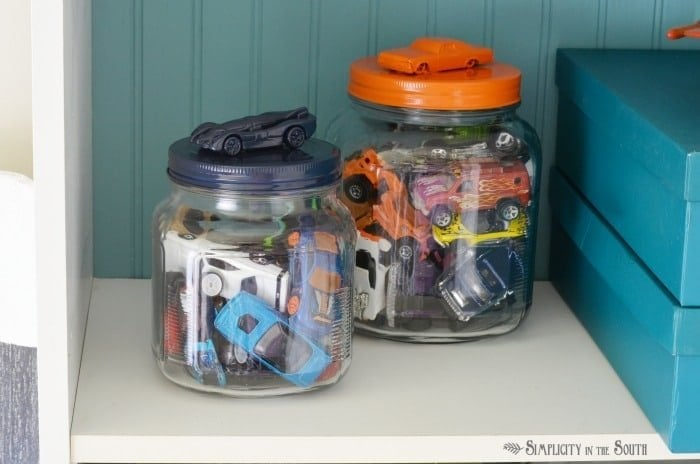 Storage idea for a boy's room- Hot Wheels car jar