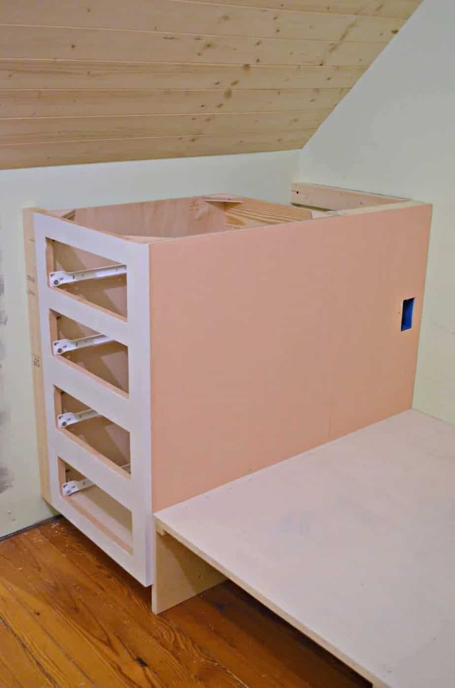 Superbe How To Make A Built In Bed Using Stock Kitchen Cabinets