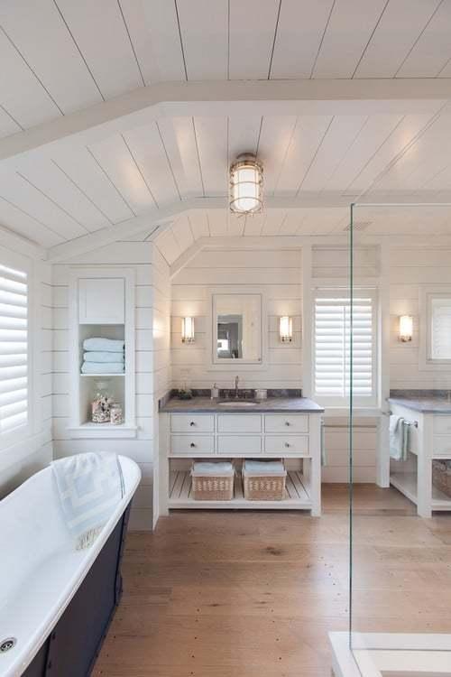 Shiplap Nantucket bathroom