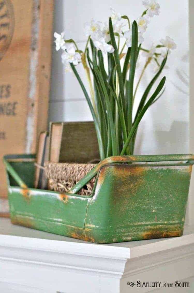 Spring fireplace mantel decorations