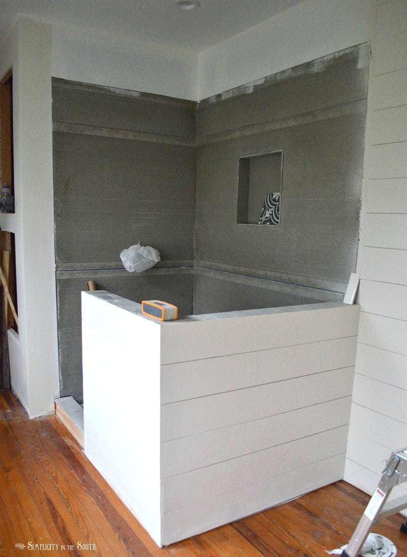 Shiplap gives you the casual, farmhouse look that so many of us are after. Ever wondered if you can use shiplap walls in the bathroom? The answer is yes! This post gives you the tips and tricks you need to know before you tackle this budget friendly DIY project on your own.