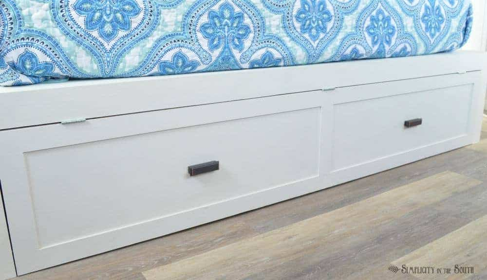 Cover for pop-up trundle bed that looks like shake style drawers