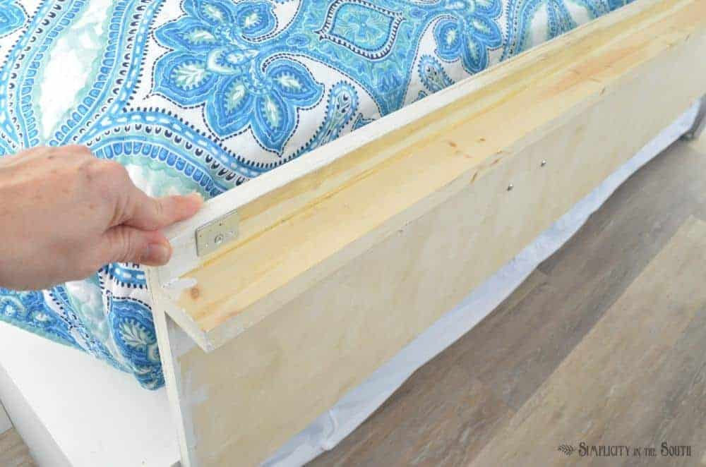 How to Make Your Own Built-in Trundle Bed and Cabinets 2