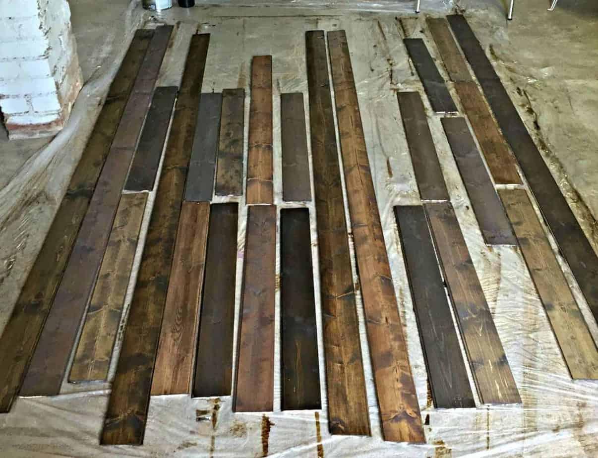 how-to-make-a-rustic-planked-wall-out-of-planks