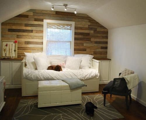 Bonus Bedroom with planked wall and built-in bed from Creative Little Daisy