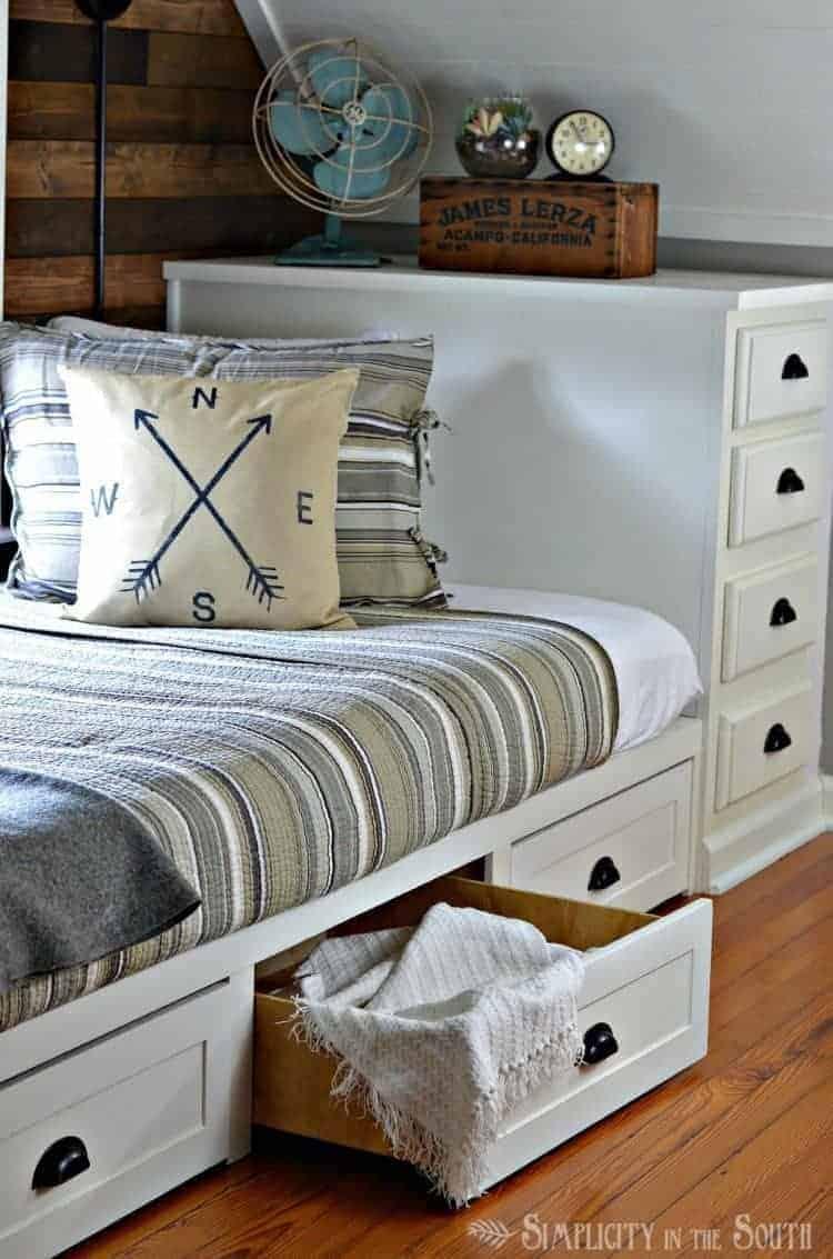 industrial-rustic-bedroom-with-built-in-bed