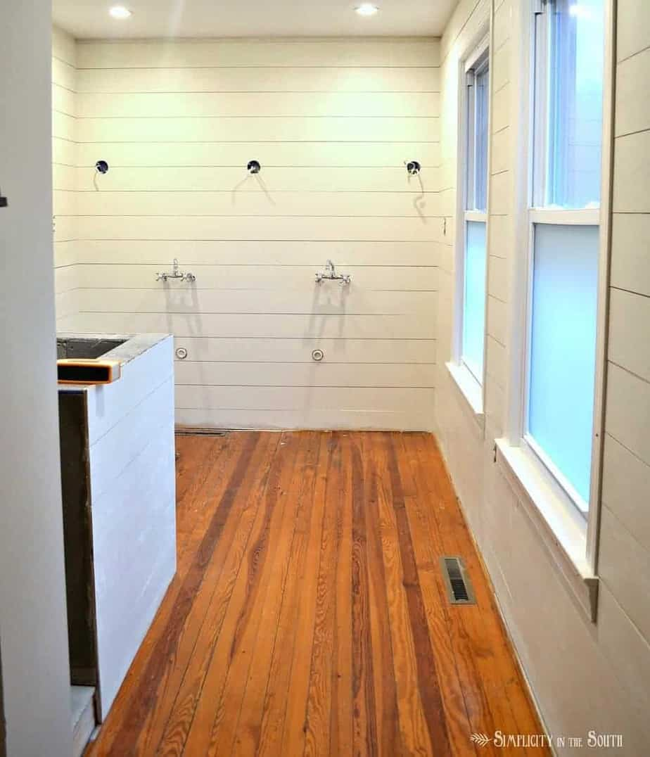 Ever wondered if you can have shiplap walls in the bathroom? The answer is yes! This post gives you the tips on what to buy and how to get the best results.