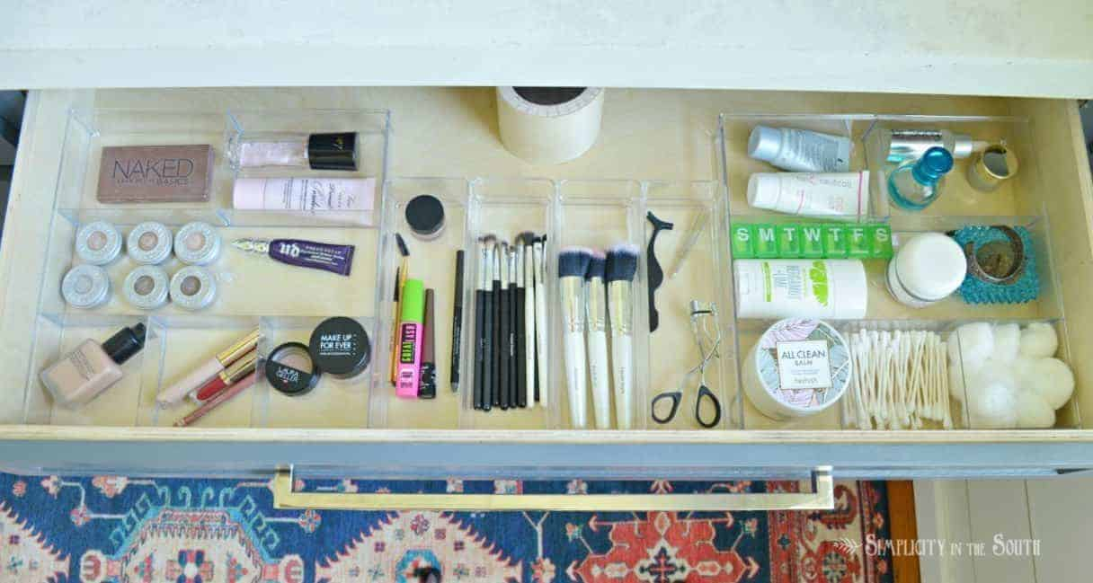 How to organize your bathroom vanity drawers for makeup