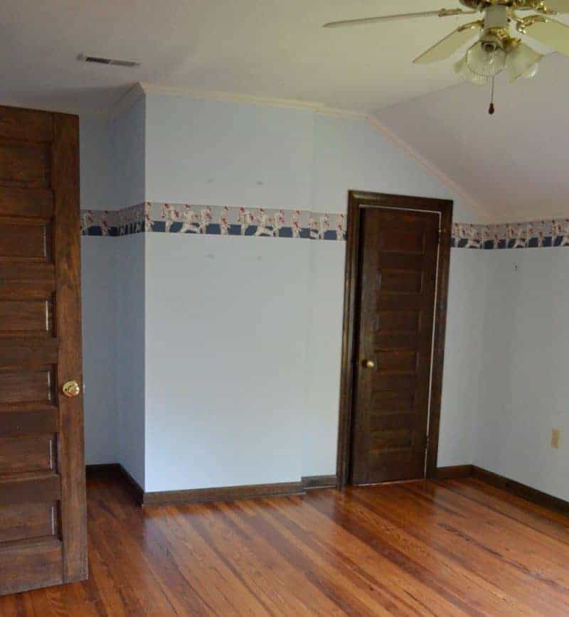 guest bedroom before picture 2